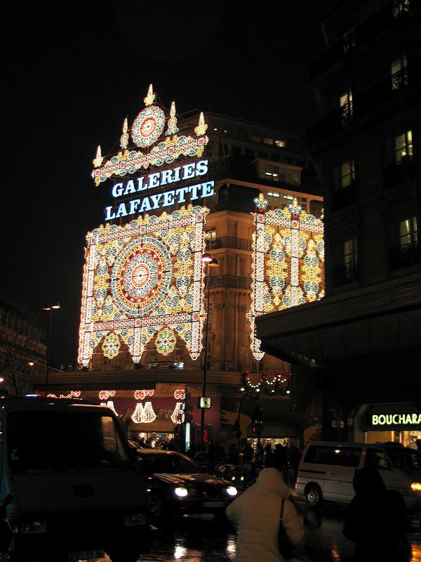 Galeries_lafayette_xmas_night